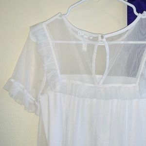 Leith Nordstrom White flowy Blouse